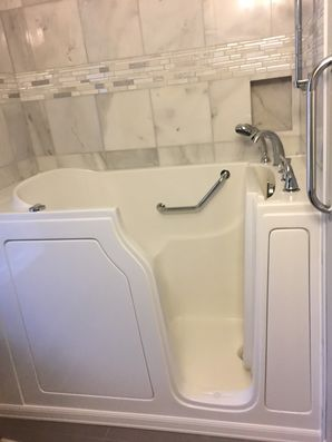 Accessible Bathtub in Pinesdale by Independent Home Products, LLC