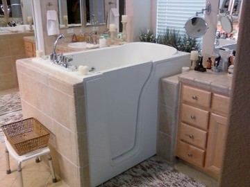 Walk in tub by Independent Home Products, LLC